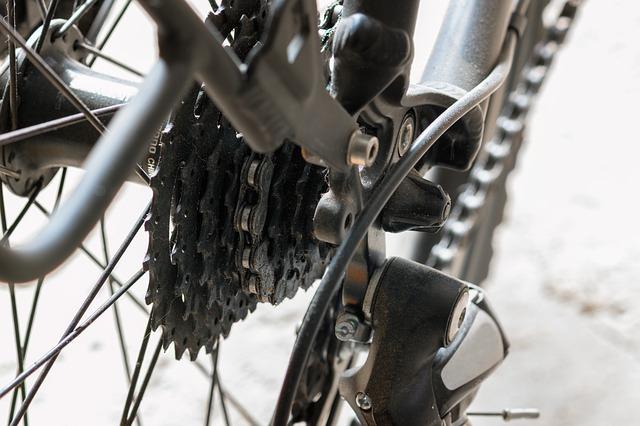 czym smarować łańcuch rowerowy
